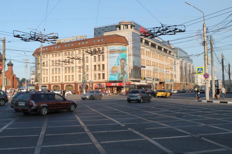 Экран ТЦ Гостиный двор (1)